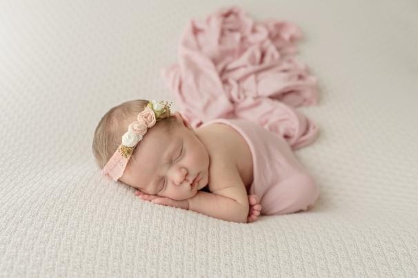 Laurel newborn dawn lopez photography fort worth texas newborn photographer